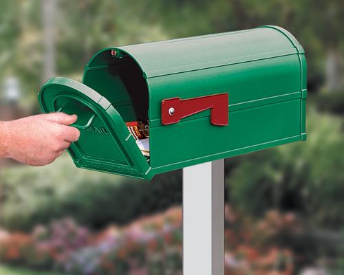 郵便物の受け取り写真